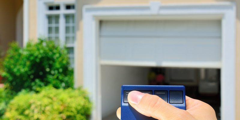 Garage Door Openers & Remotes | Liftmaster & Chamberlain